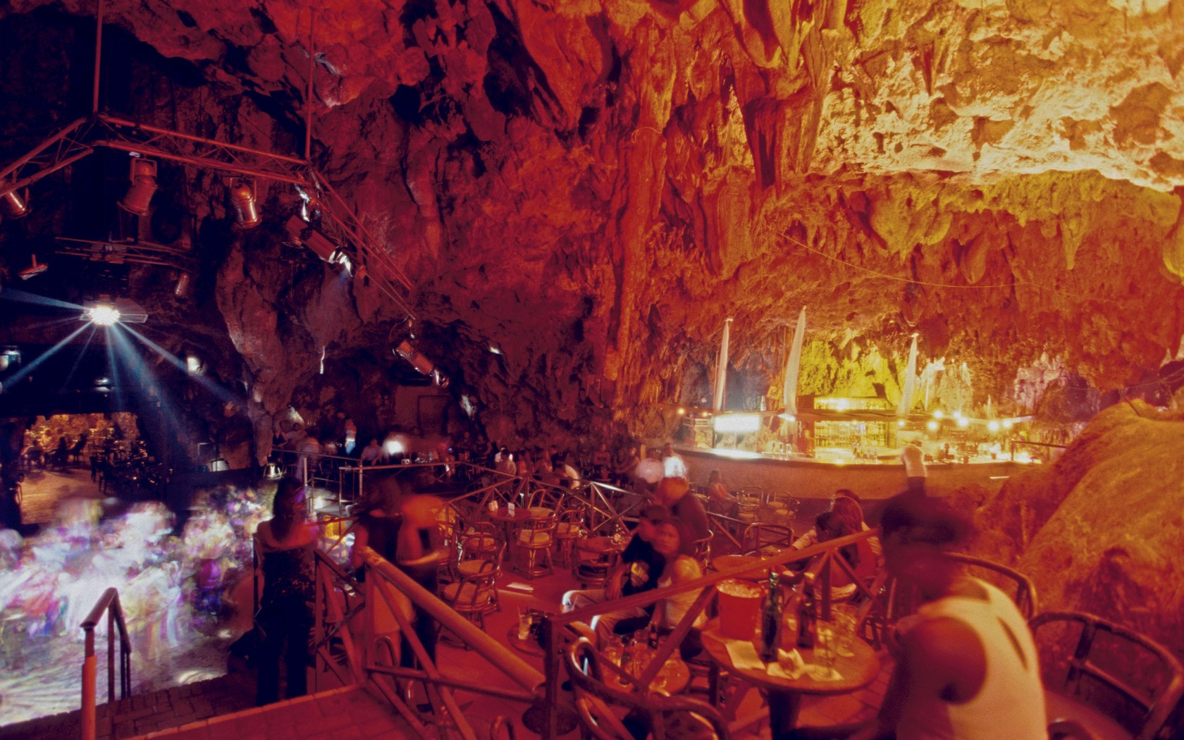 GUACARA-TAINA-THE-CAVE-Santo-Domingo-Dominican-Republic