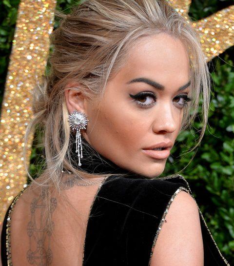 Oops: Rita Ora front row zonder ondergoed betrapt