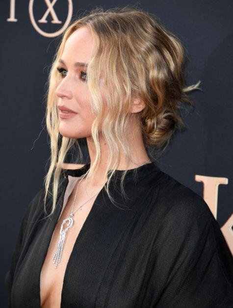 Jennifer Lawrence dun haar