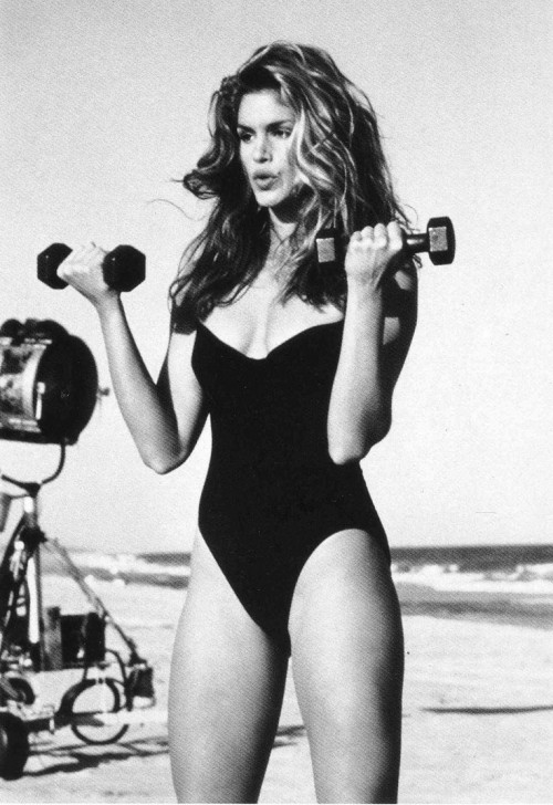 holding-cindy-crawford-workout-video
