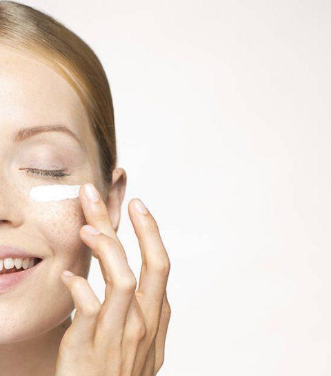 Hoe breng je een oogcrème het beste aan?