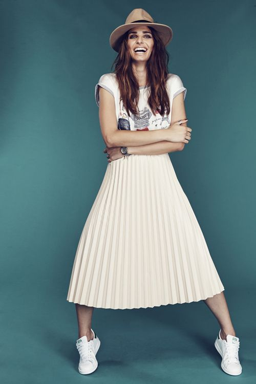 How to wear plissé maxi skirt