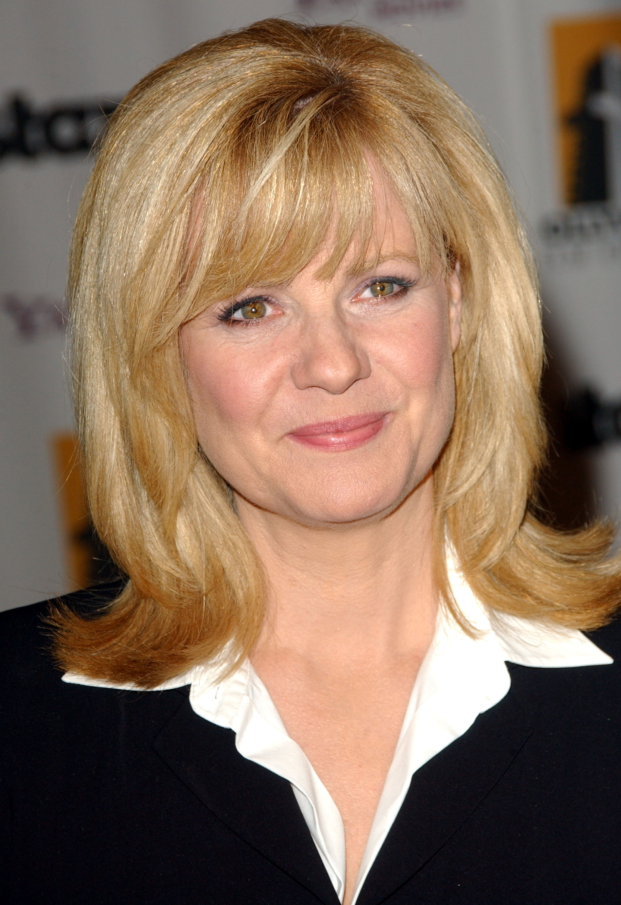 10/27/2008 - Bonnie Hunt - 12th Annual Hollywood Film Festival Award Show - Arrivals - Beverly Hilton Hotel - Beverly Hills, CA. USA - Keywords: Bonnie Hunt - False - - Photo Credit: Albert L. Ortega / PR Photos - Contact (1-866-551-7827)