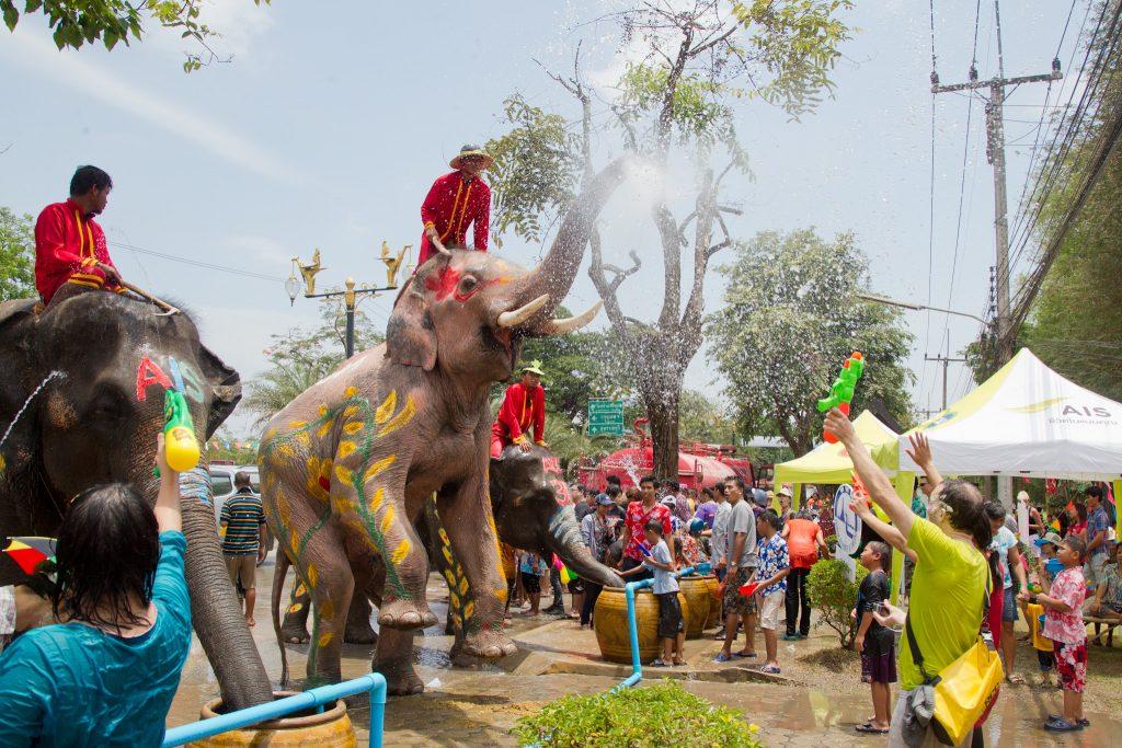 Songkran_12_-_Ayutthaya(1)