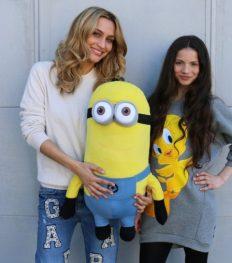 Dressing diva's: in de kleerkast van Rania en Lima Ché