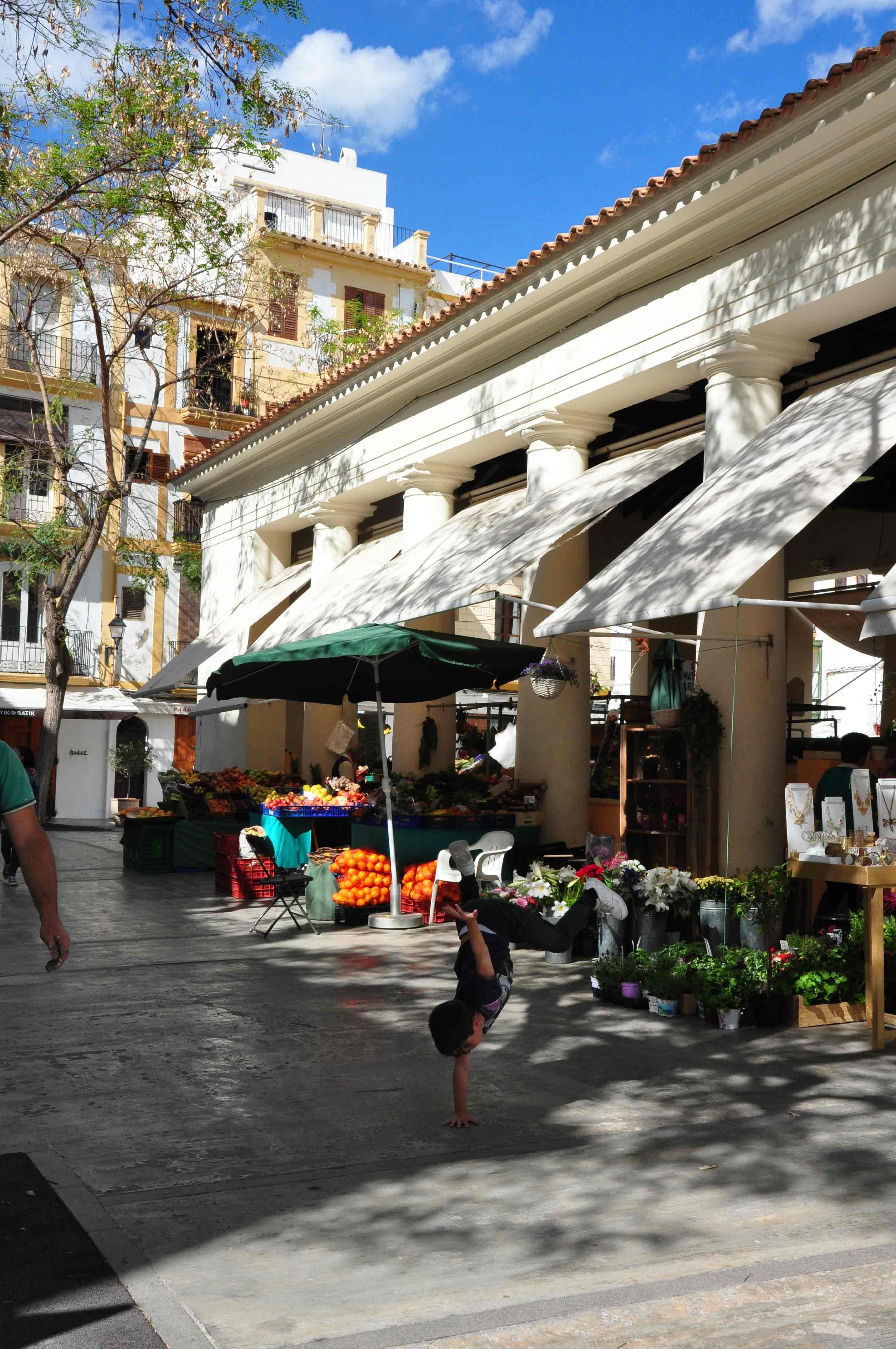 marktje-Ibiza-stad