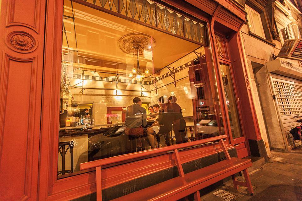 cafe-gent-bar-de-vitrine
