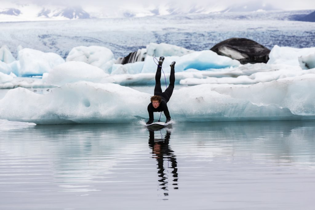 origineel surfen ijsland