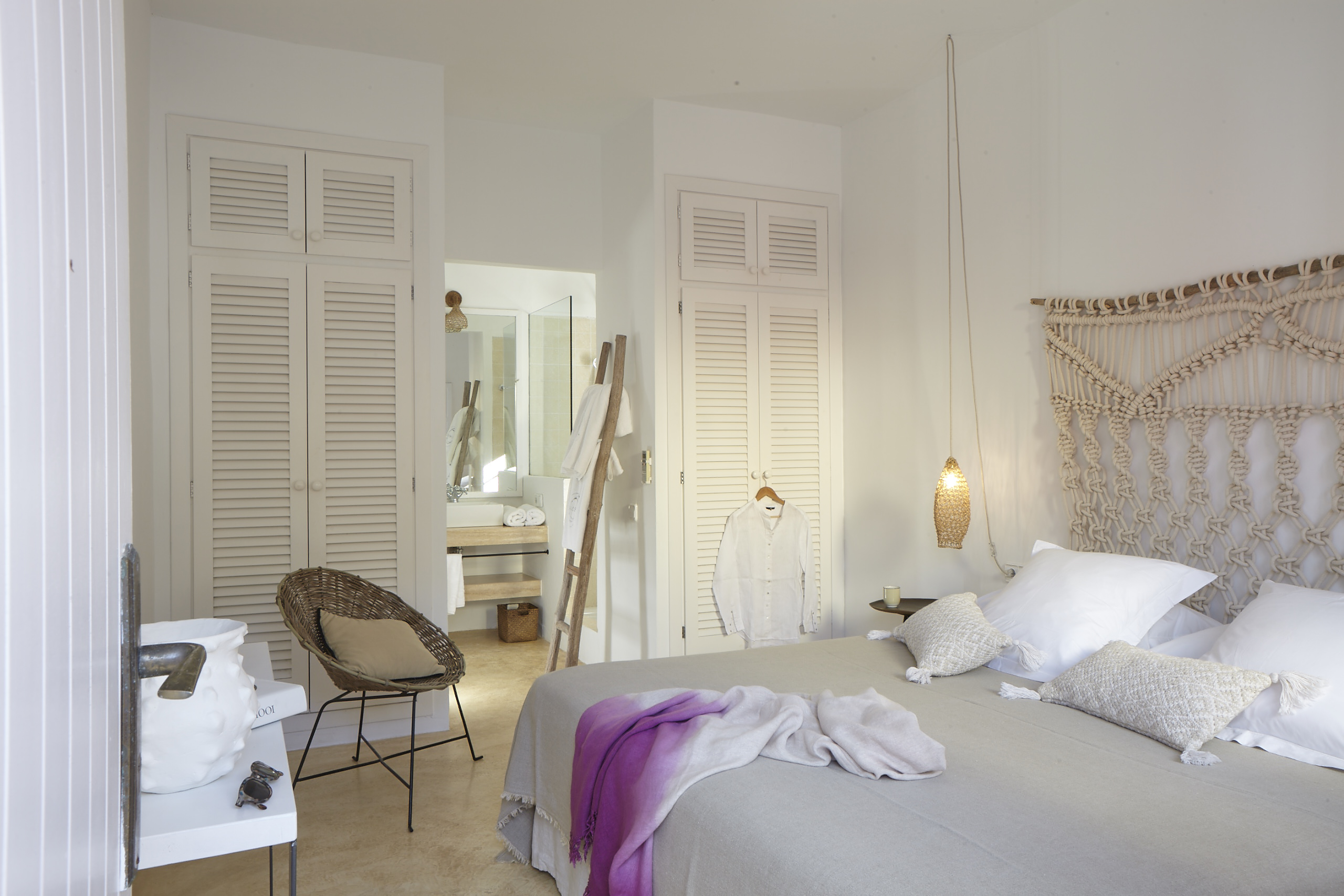 Pure house ibiza hip boutique hotel in het hart van het for Boutique hotel ibiza
