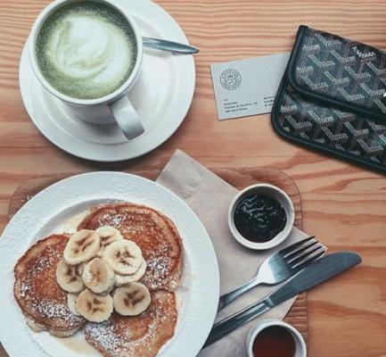 hinterland-matcha-latte-koffiebar-coffee-brussel-matchalatte
