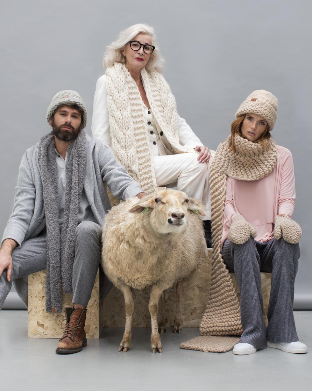 maurice-knitwear-made-by-bernadette-wollen-cardigan-breigoed-ln-knits-wol-16