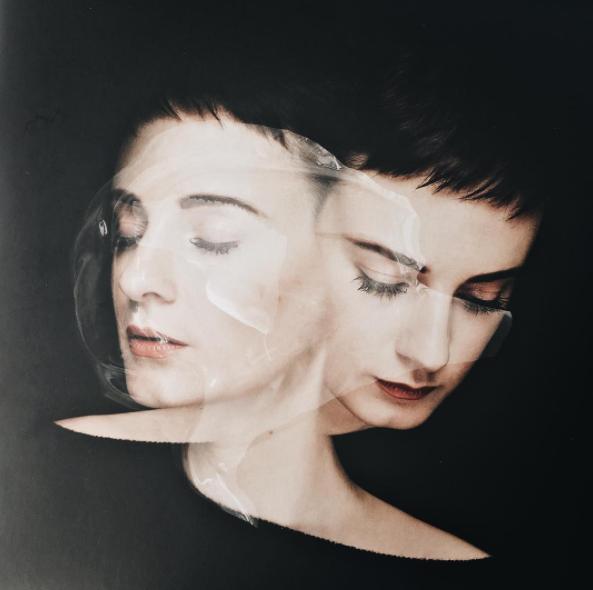 © Louise Mertens