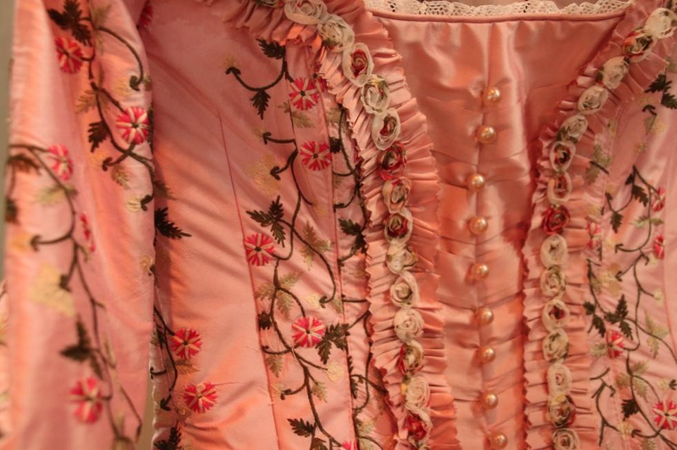 musical-belle-en-het-beest-josje-huisman-atelier-kostuums-backstage-elle-be-3
