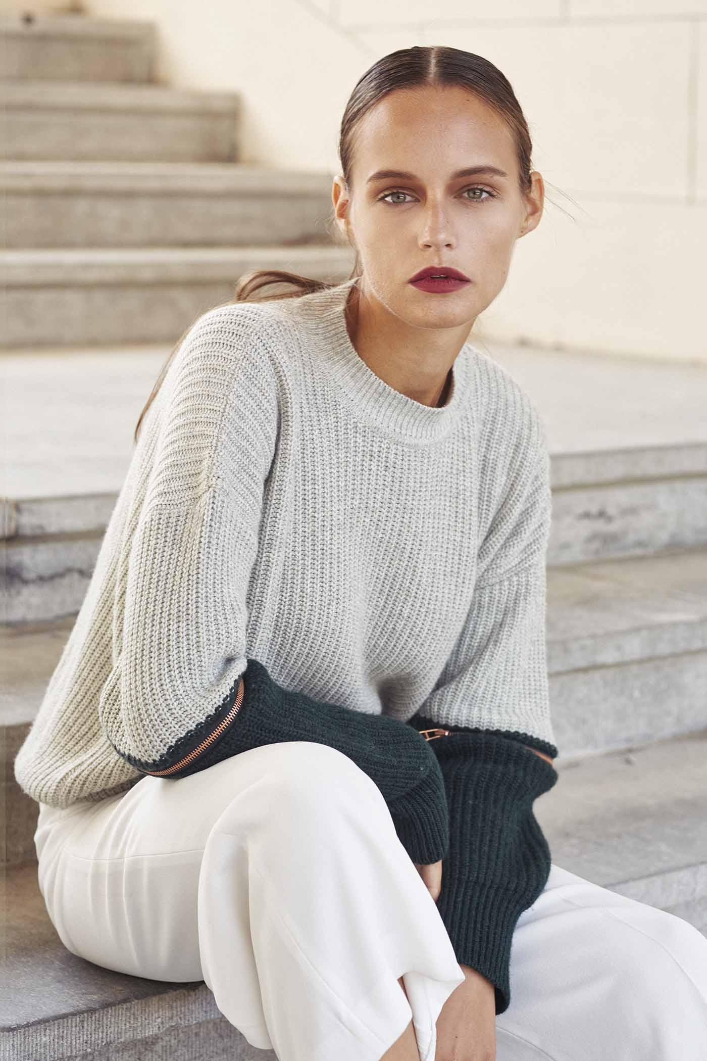 maurice-knitwear-made-by-bernadette-wollen-cardigan-breigoed-ln-knits-wol-14