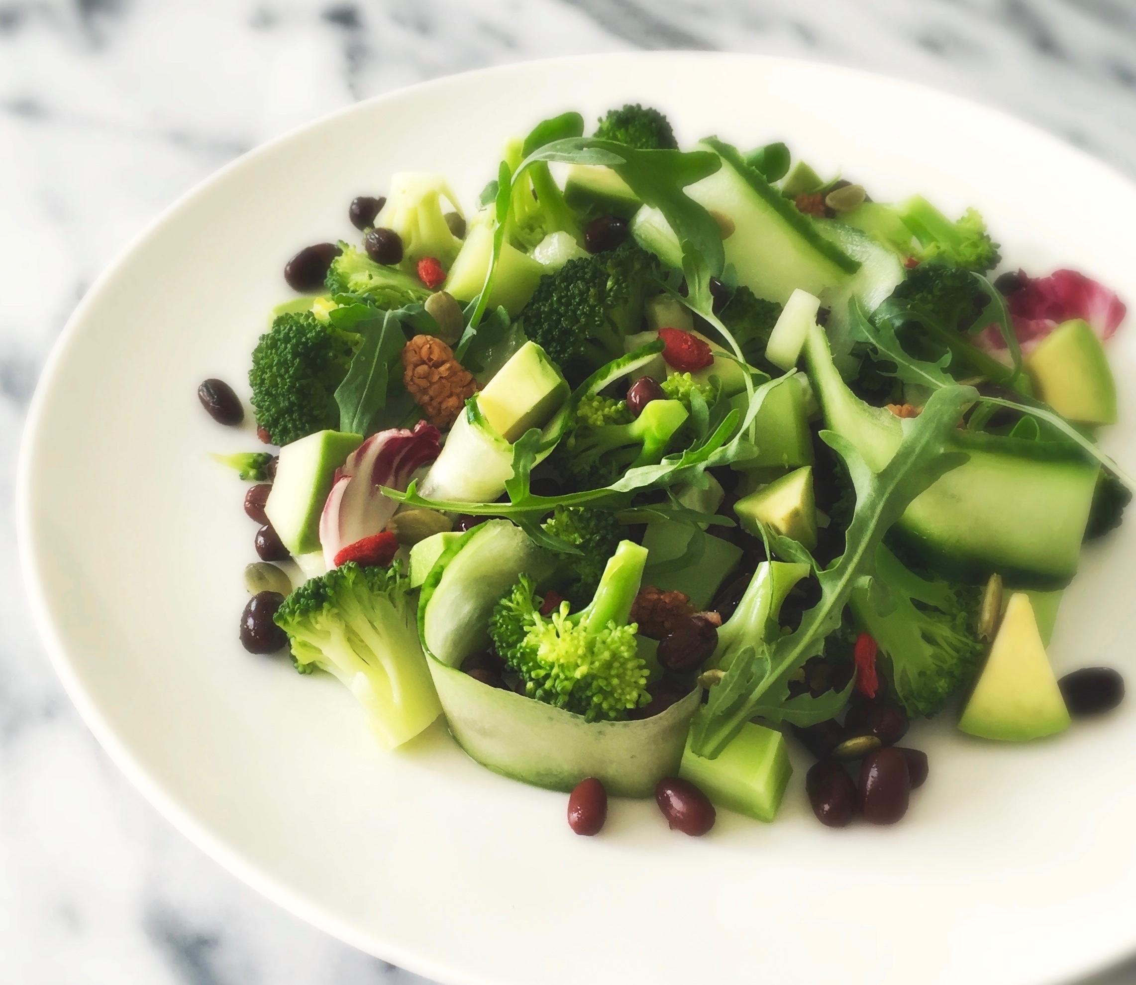 Thaise Detoxsalade met Avocado