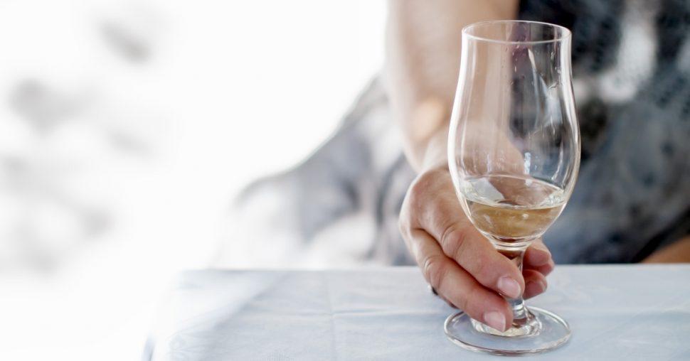effect-stoppen-drinken-alcohol-vermageren-caloriee%cc%88n-stralende-huid-teint-rimpels