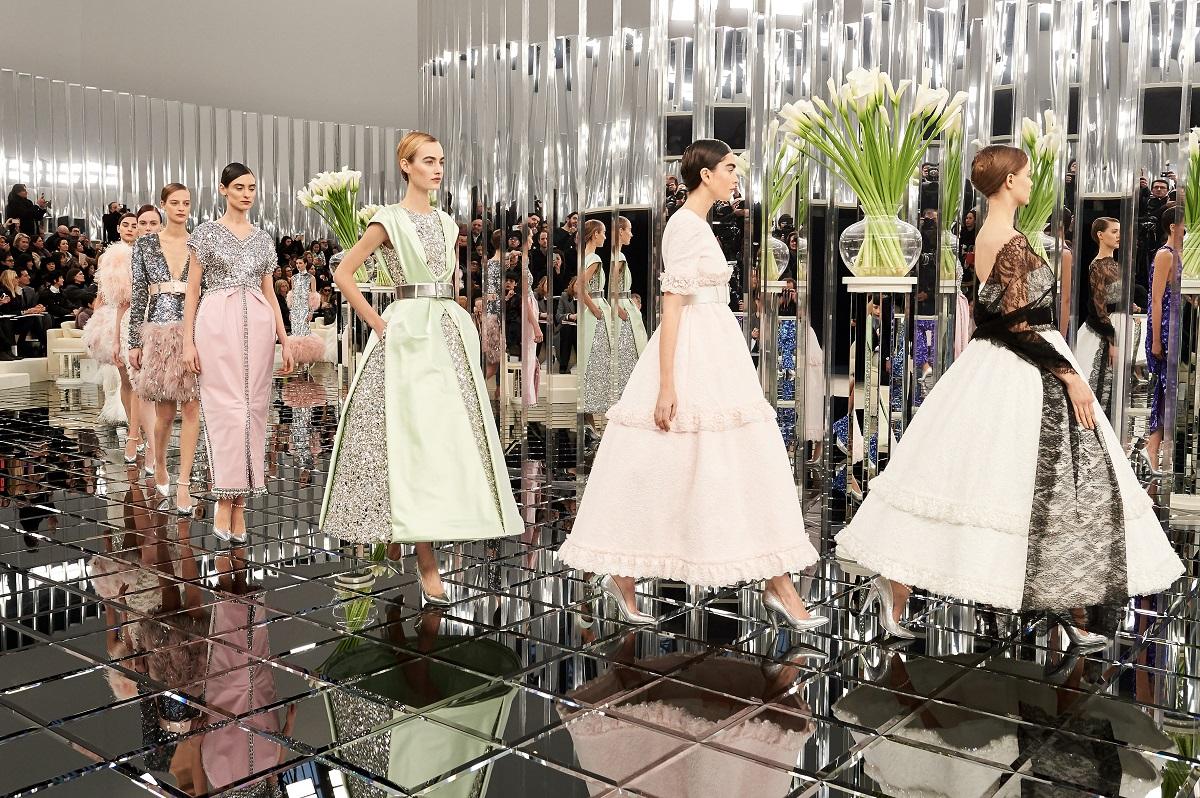 paris-haute-couture-week-dit-waren-de-hoogtepunten 3