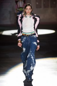 DSquared2-baggy-jeans-catwalk-SS17