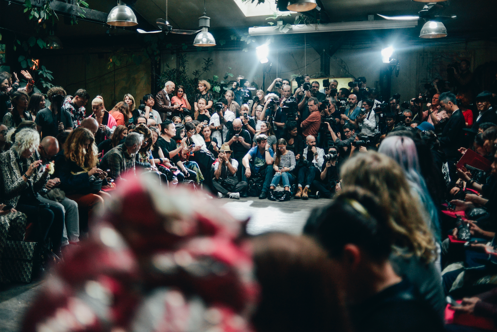 Fashion week insider praat modetermen achter de schermen 10