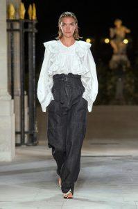 Isabel-Marant-baggy-jeans-catwalk-SS17