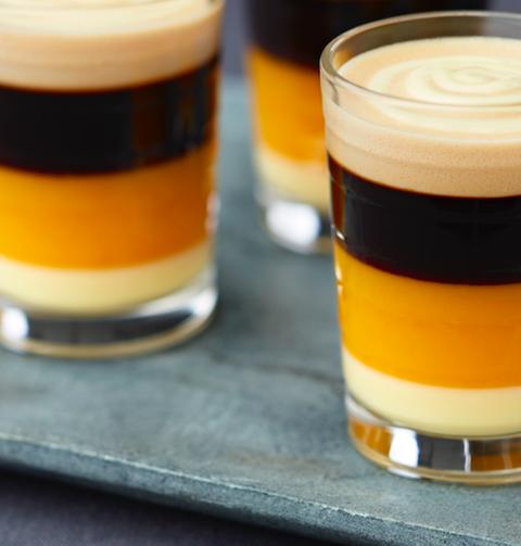 Deze koffie cocktail helpt je door Tournée Minérale heen