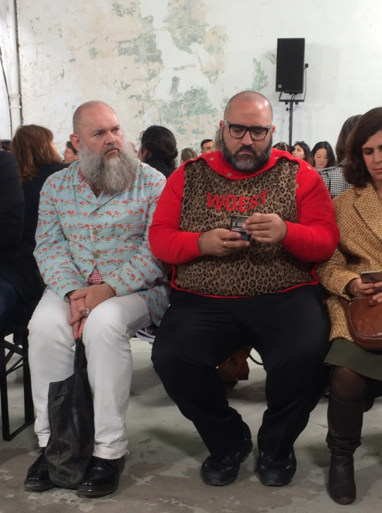 Fashion week insider praat modetermen achter de schermen