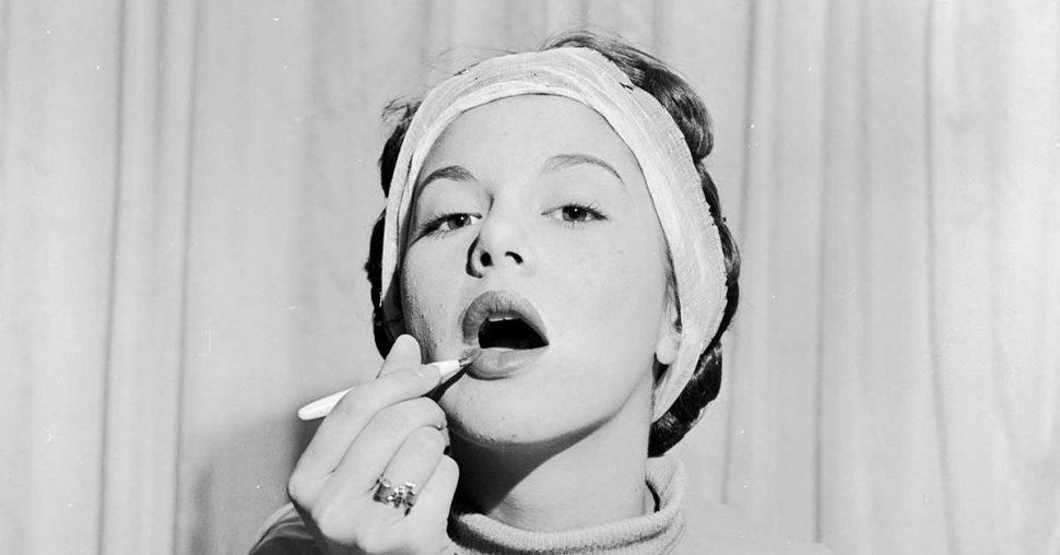 de_meest_populaire_lipstick_van_het_moment_NYX_soft_matte_lipcream_vintagephoto_getty