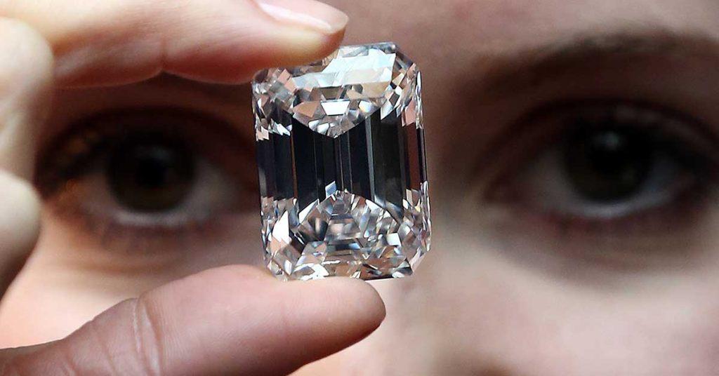 diamanten_liefde_sothebys_getty_images_eyes