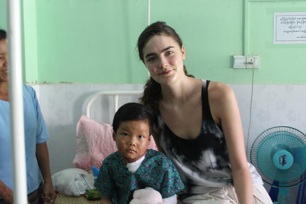Daphne-Velghe-See-Smile-Myanmar-humanitair-hazelip-5