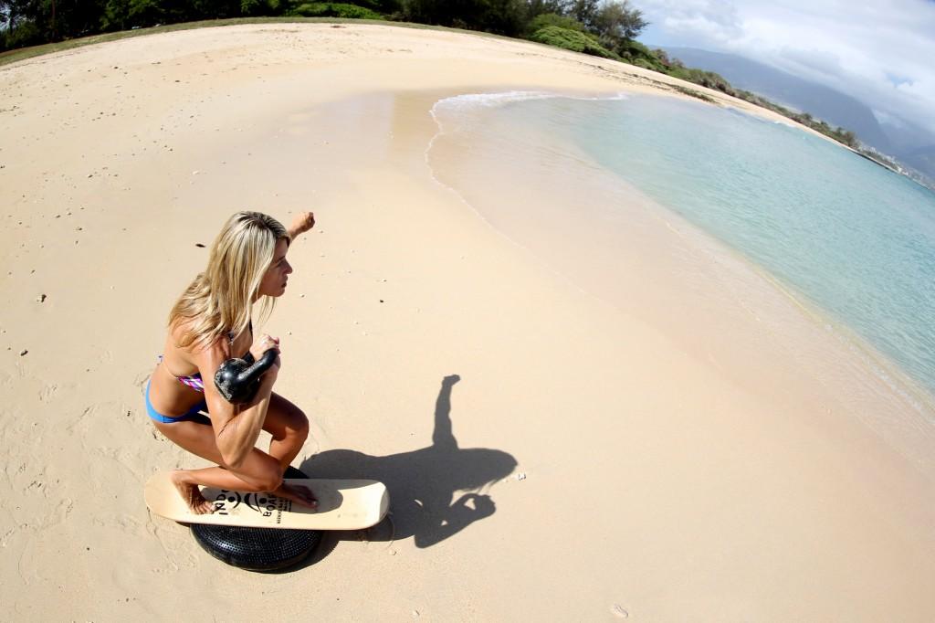 Sandbox fitness Indo board beach