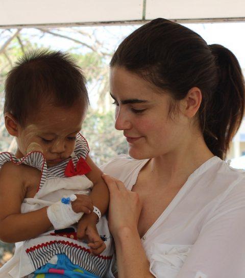 Daphen Velghe Goes Myanmar: emoties aan de operatiekamer