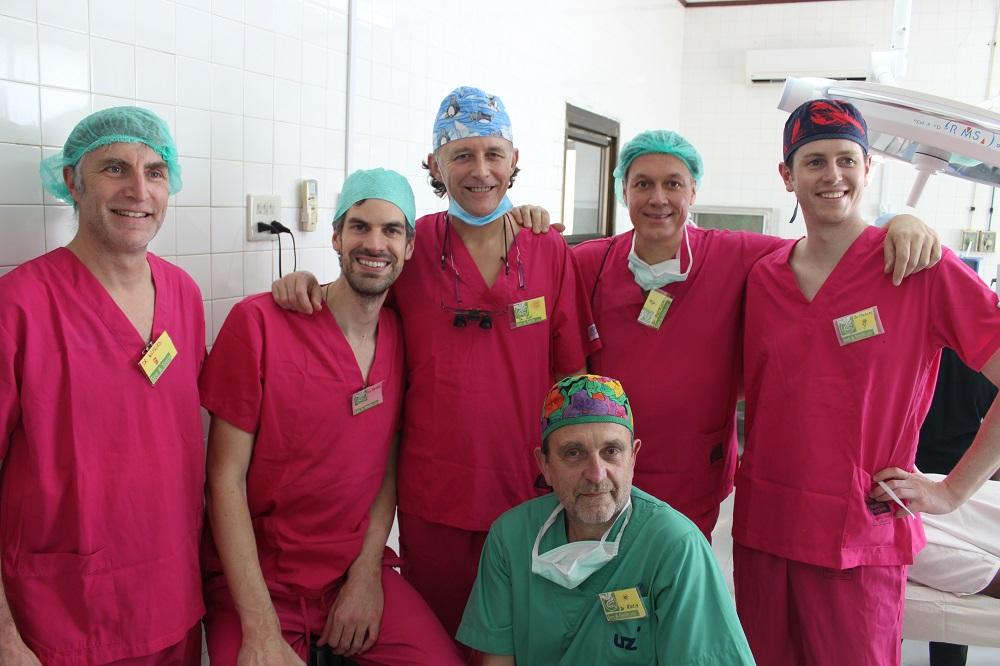 de pink panters chirurgen