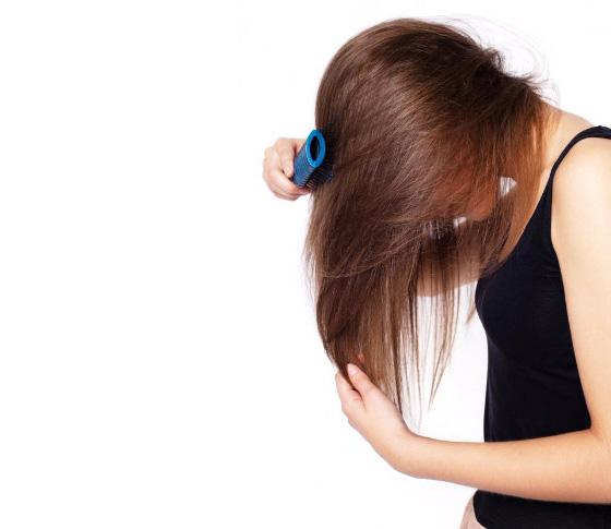 haarbostel-fout-juiste-borstel-haaruitval-haar-sneller-groeien