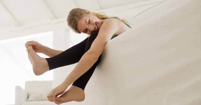 ongesteld-sporten-menstruatie-workout-platte-buik