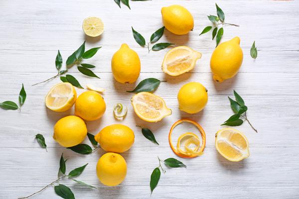 Aromatherapie afslanken etherische oliën citrus atlasceder pompelmoes detox cellulitis 3