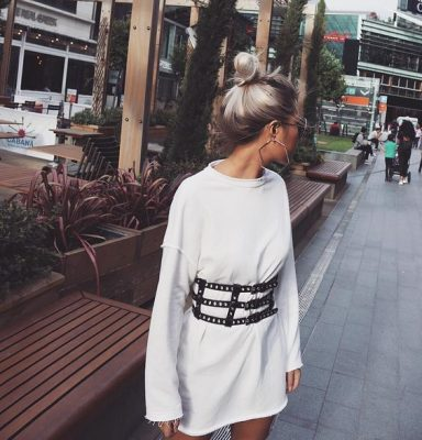 Korset riem how to wear