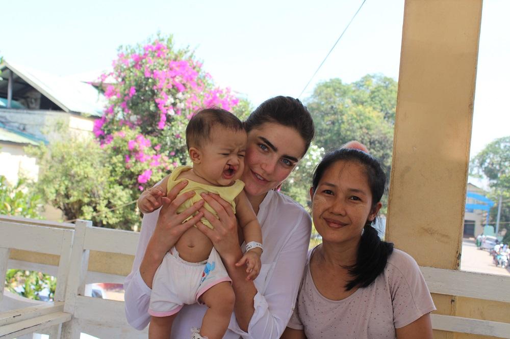 daphne met moeder en zoon