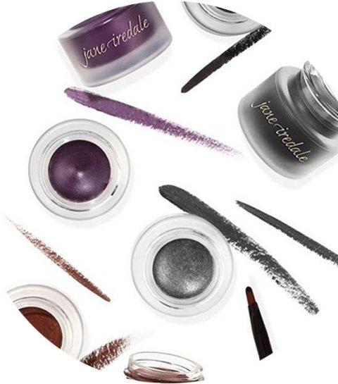 Hack: zo breng je eyeliner aan met een wimperkruller