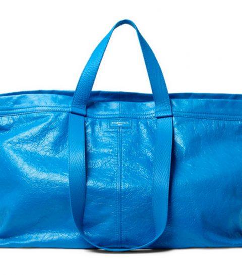 Dure designertas lijkt verdacht veel op blauwe zak van Ikea