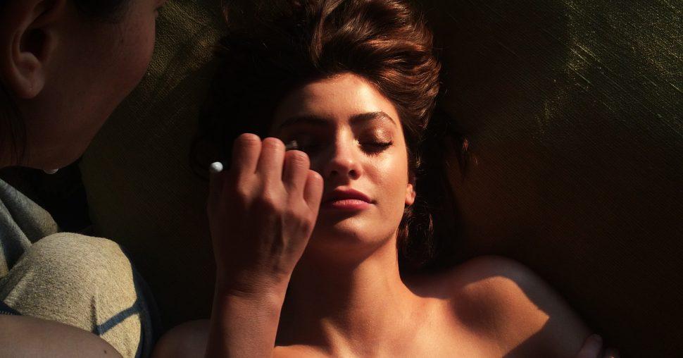 beauty fashion elle shoot makeup Melina