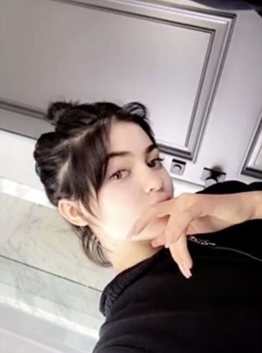 Kylie_jenner_haar_lokken_natuurlijk_Snapchat