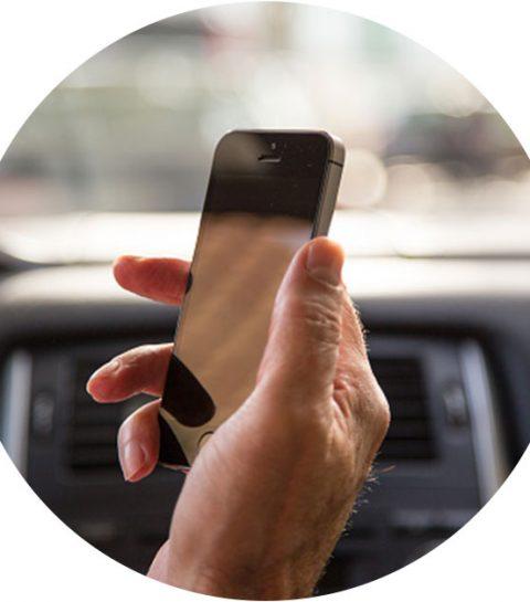 8 tips om van je smartphone te blijven achter het stuur