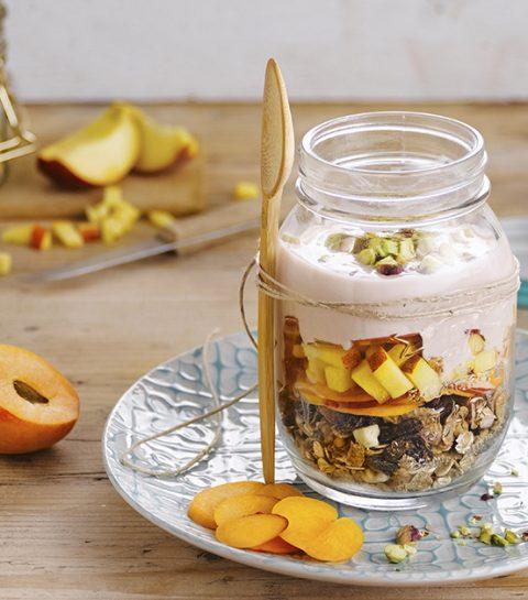 Een fikse start van de dag: originele ontbijtrecepten met plantaardige alternatief voor plattekaas