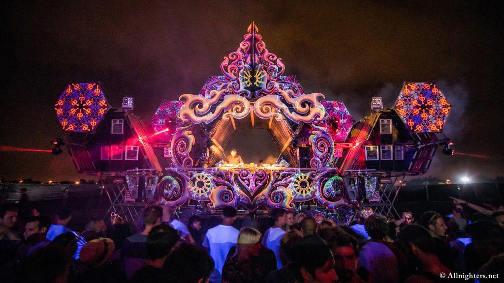 kitsch activiteit cirque magique festival