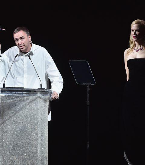 Raf Simons en Demna Gvasalia winnen CFDA Awards