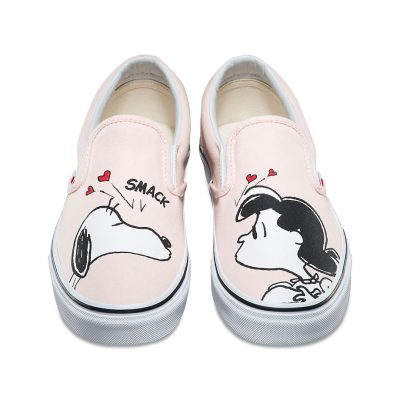 Vans,Peanuts,Charlie Brown,Snoopy,sneakers,slip on,Vans x Peanuts