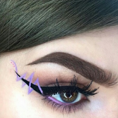 beauty_trend_eyeliner_ribbon