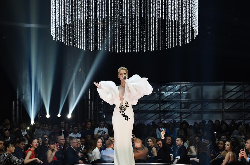 Wat is er met Celine Dion aan de hand? - 2