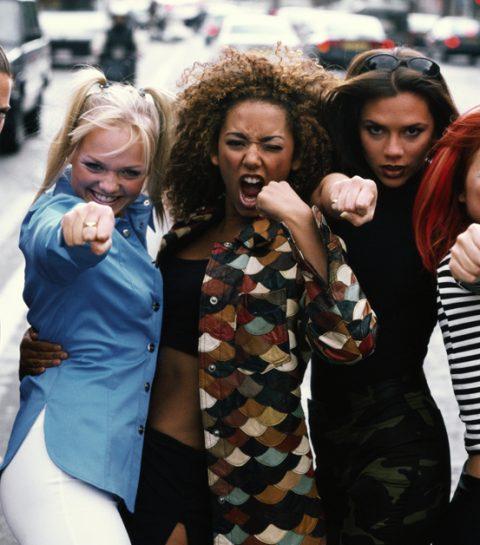 Zo ontdekte Harper Beckham dat haar moeder een Spice Girl was