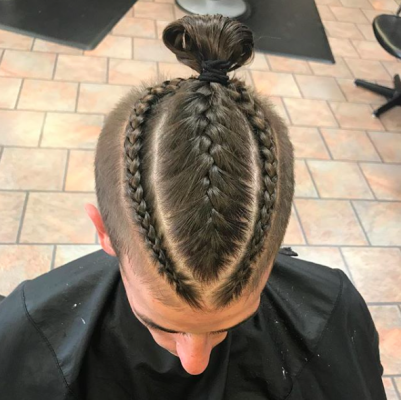 man_braids_trend_haar